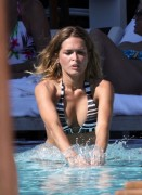 Cindy Taylor - Bikini Pictures (x7)