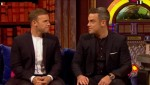 Gary et Robbie interview au Paul O Grady 07-10-2010 8dd3f1101824608