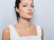 Angelina Jolie HQ wallpapers 53b519107978138