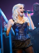 Nov 24, 2010 - Pixie Lott - The Crazycats Tour 5c7082108402058