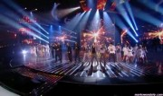 Take That au X Factor 12-12-2010 - Page 2 8754d8111005768