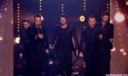 Take That au X Factor 12-12-2010 - Page 2 8bdd7d111005367