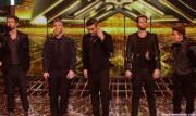 Take That au X Factor 12-12-2010 D732f9111017380