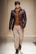 Orange. мода осень-зима 2011-2012. пальто.  Salvatore Ferragamo.