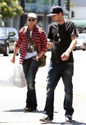 Kellan Lutz out shopping in Hollywood - July 29th, 2010 69559990792852